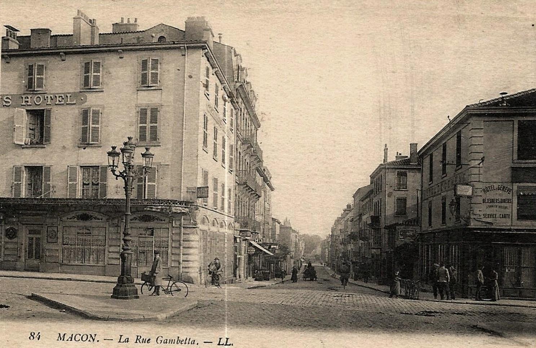 Mâcon (71) Rue Gambetta CPA