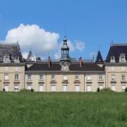 Mâcon (71) Saint-Jean-Le-Priche, château Saint-Jean