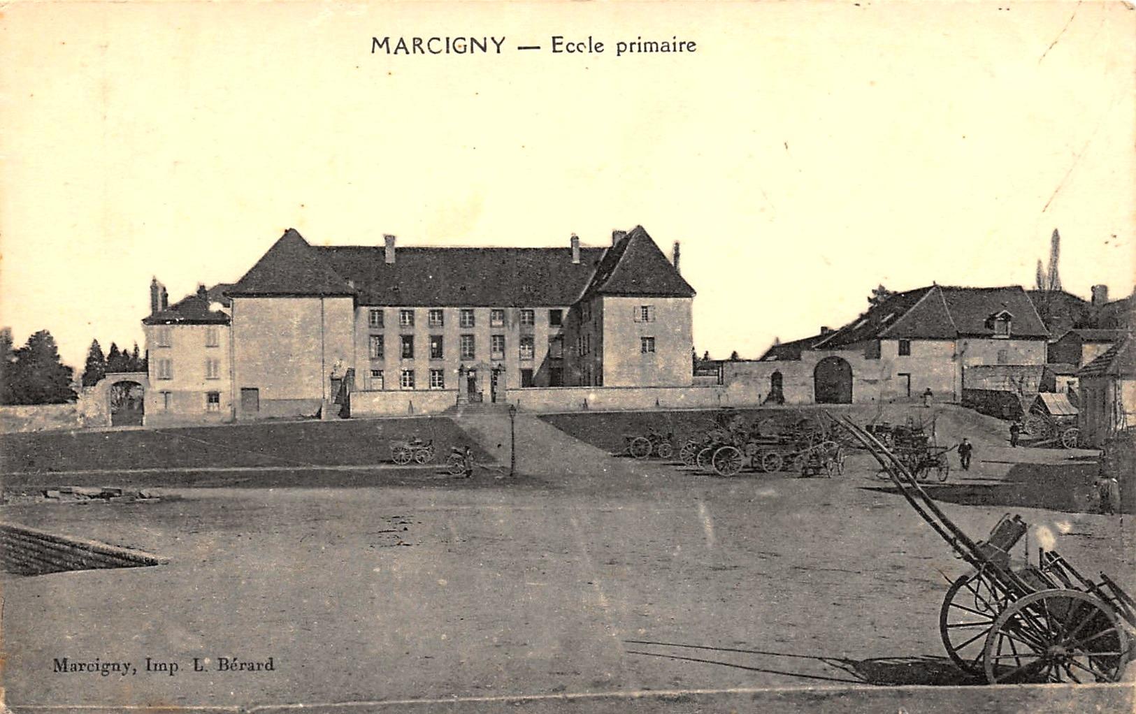 Marcigny (71) Couvent des Ursulines, Ecole primaire supérieure CPA