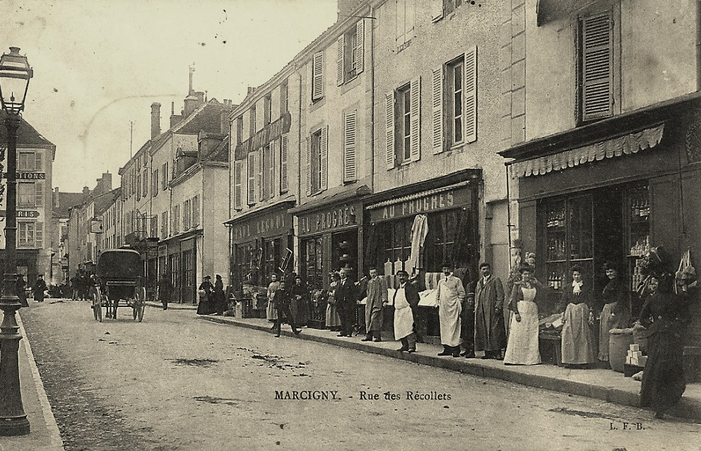Marcigny (71) Rue des Récollets CPA