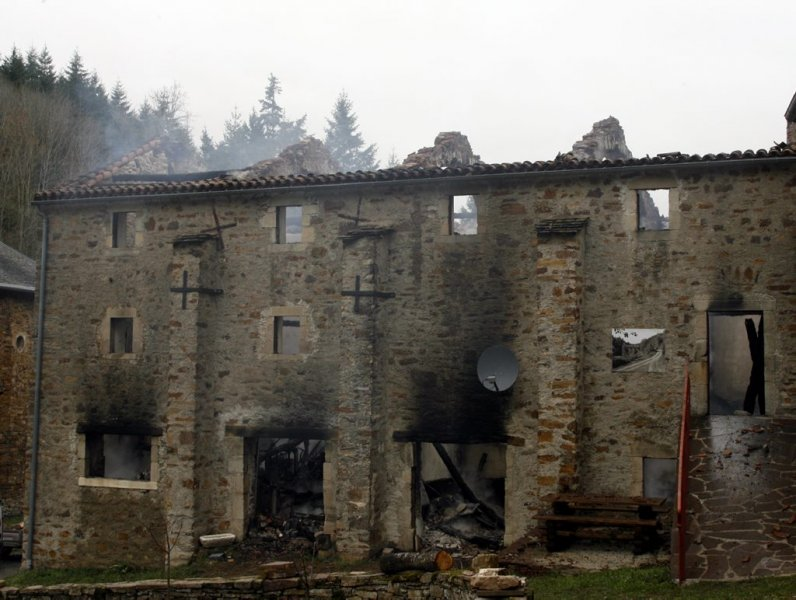 Marnhagues-et-Latour (Aveyron) incendie 2009 du Sac de berger