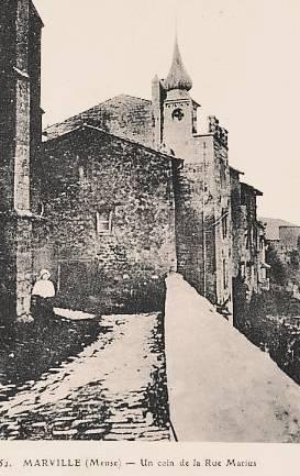 Marville (Meuse) La maison au clocheton CPA
