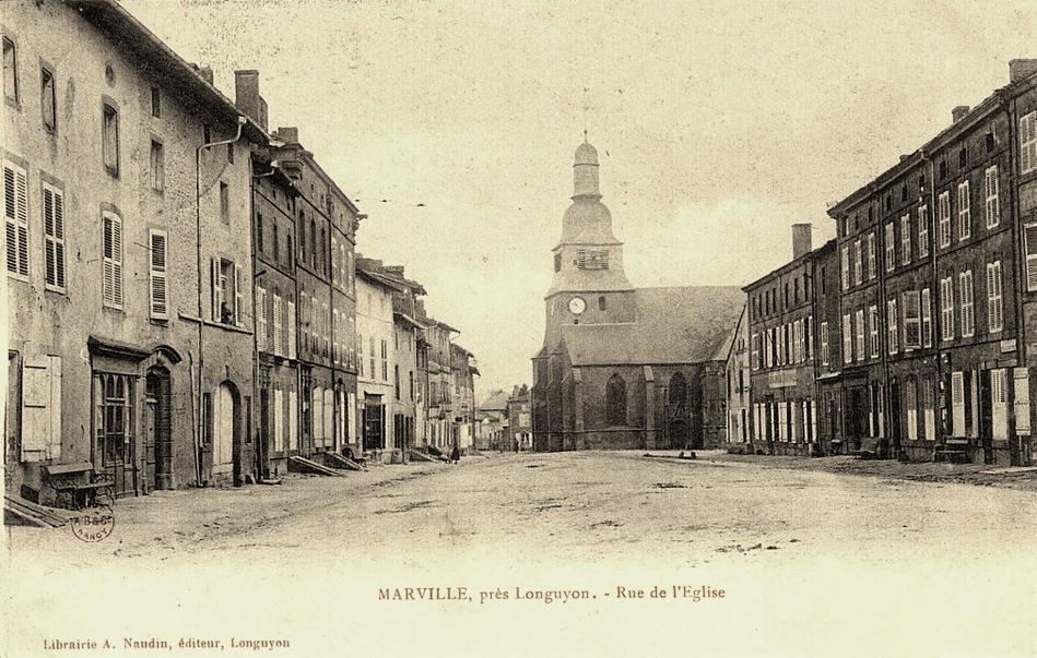 Marville (Meuse) La rue de l'église CPA
