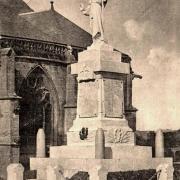 Marville (Meuse) Le monument aux morts CPA