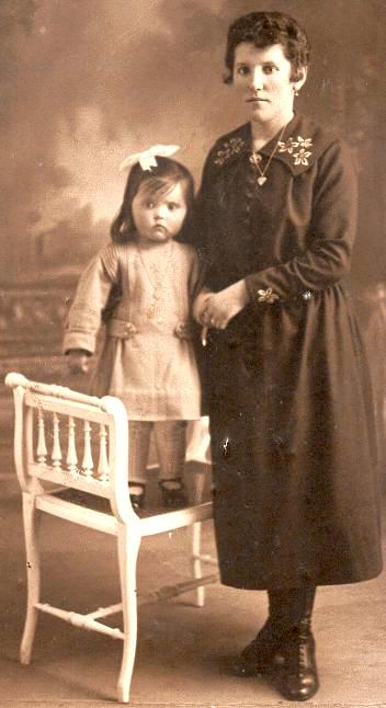 Mayer-Barranger Georgette et sa fille Denise 1920