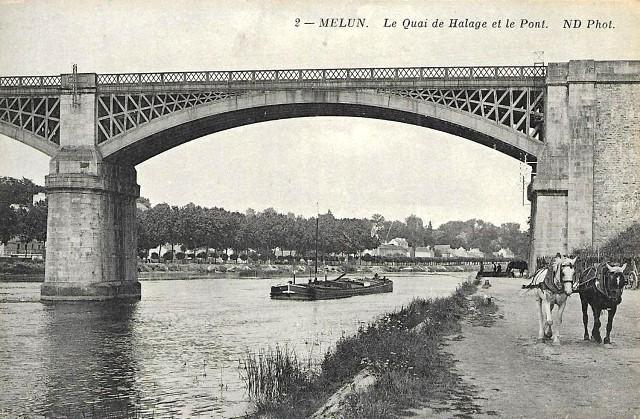 Melun seine et marne le quai de halage et le pont cpa