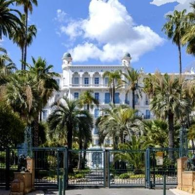 Les Palaces et Grands Hôtels de Menton