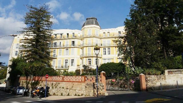 Menton 06 le grand hotel des iles britanniques