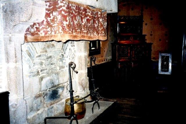 Mont saint michel le logis de tiphaine dec 2001