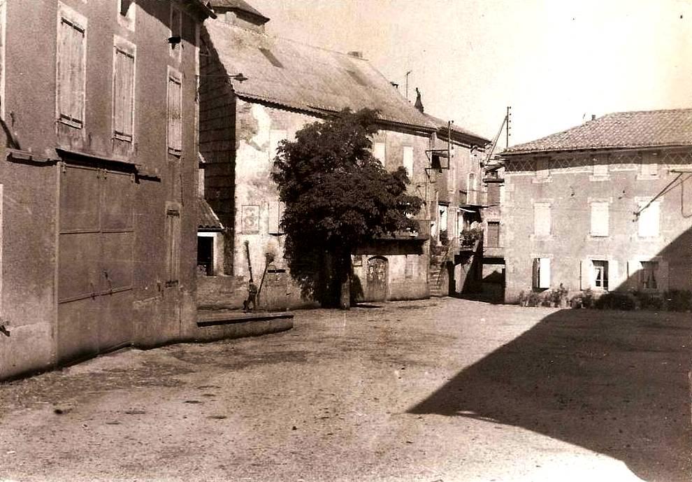 Montagnol (Aveyron) CPA