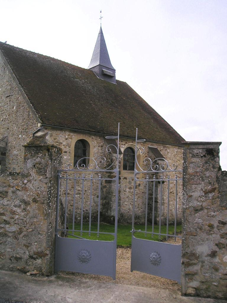 Montfaucon (Aisne) Eglise Saint-Antoine en 2004