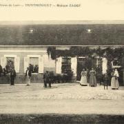 Monthenault (Aisne) CPA Maison Cadot vers 1908