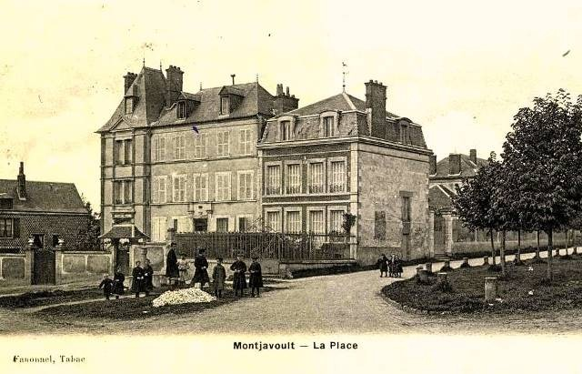 Montjavoult oise cpa place 1909