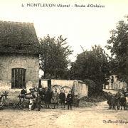 Montlevon (Aisne) CPA Route d'Oclaine