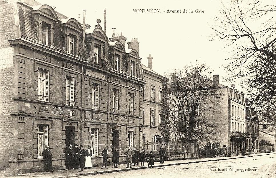 Montmédy (Meuse) L'avenue de la Gare CPA