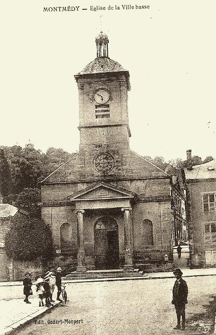 Montmédy (Meuse) L'église Saint Bernard CPA