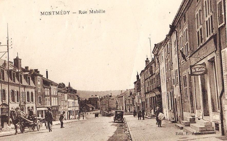 Montmédy (Meuse) La rue Mabille CPA