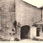 Montmédy (Meuse) La sortie du souterrain ville haute CPA