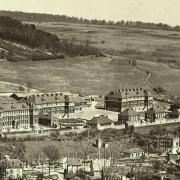 Montmédy (Meuse) Les casernes CPA