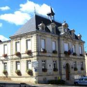 Montmirail (51) L Hôtel de Ville
