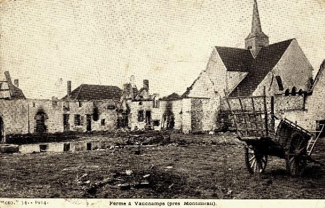 Montmirail (51) Vauchamps, la ferme 1914 CPA