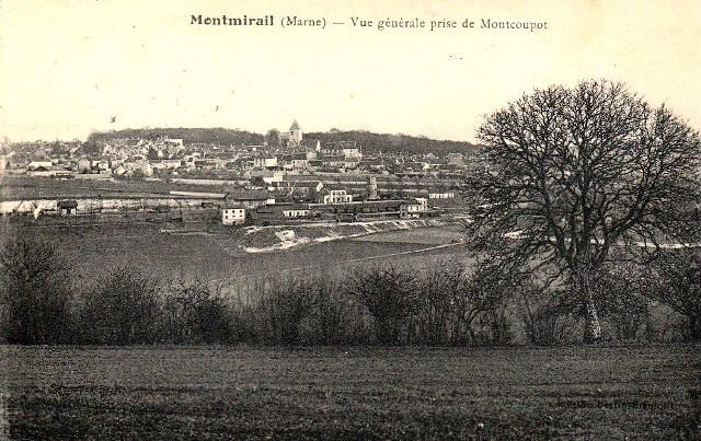 Montmirail (51) Vue générale CPA