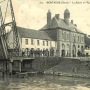 Mortagne du nord 59 la mairie l eglise et le pont cpa
