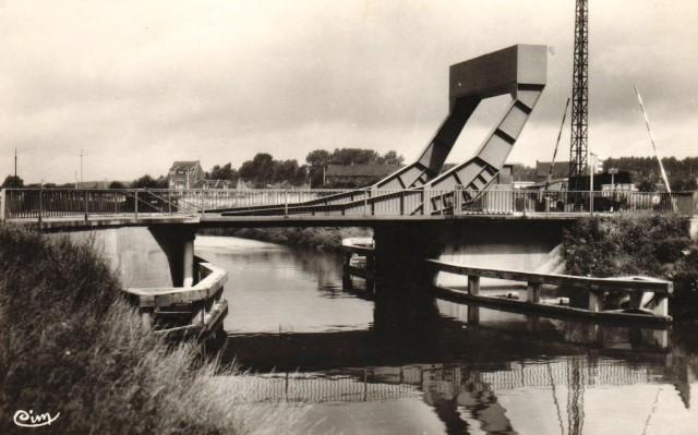 Mortagne du nord 59 le pont sur la scarpe cpa