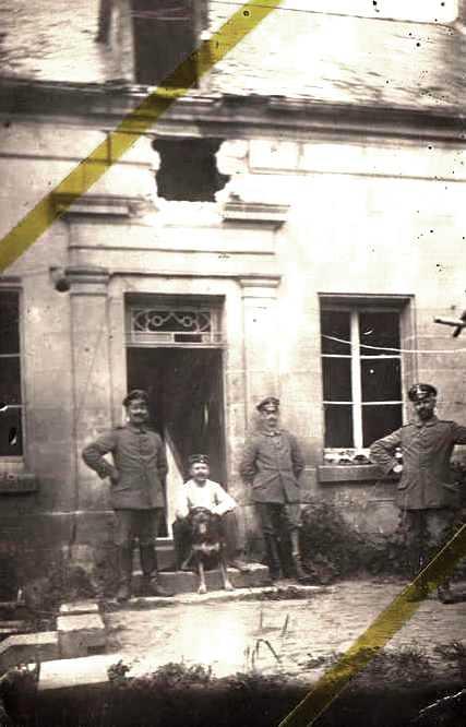 Moulins (Aisne) CPA Soldats allemands