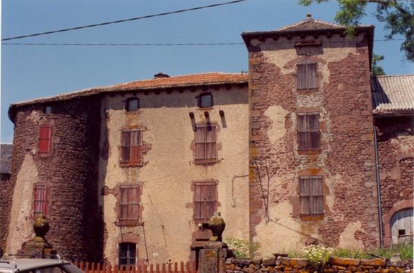 Mounes-Prohencoux (Aveyron) Château de Falgous