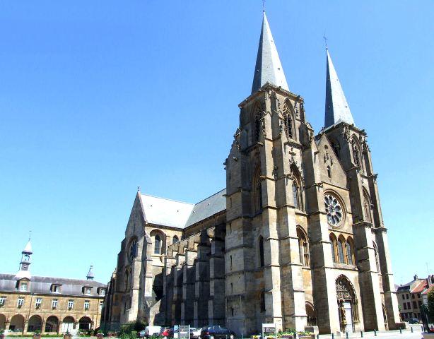 Mouzon (08) Abbatiale Notre-Dame