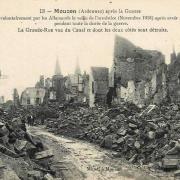 Mouzon (08) Grande rue et pont en 1918 CPA