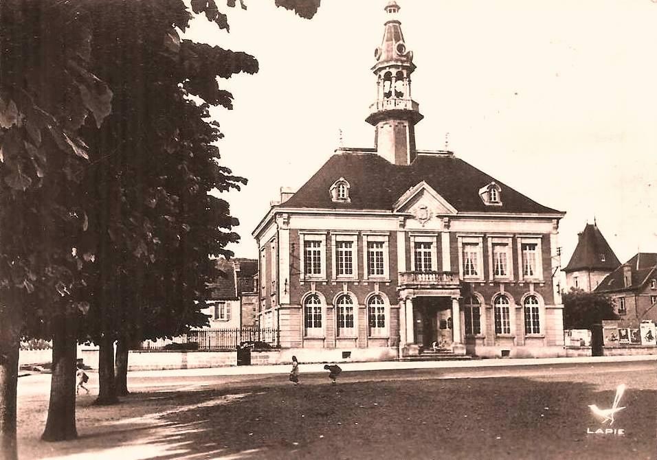 Mouzon (08) Mairie CPA
