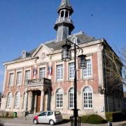 Mouzon (08) Mairie