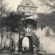 Mouzon (08) Porte de Bourgogne CPA
