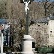 Murat-sur-Vèbre (Tarn) Boissezon, croix