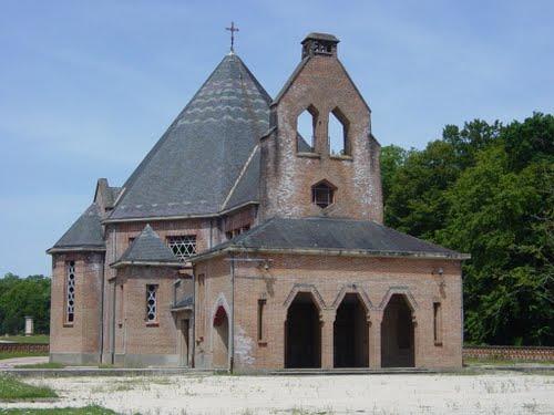 Neuvy-sur-Barenjon (Cher) La chapelle