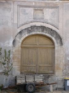 Nogent l'Artaud (Aisne) Abbaye ancienne porte