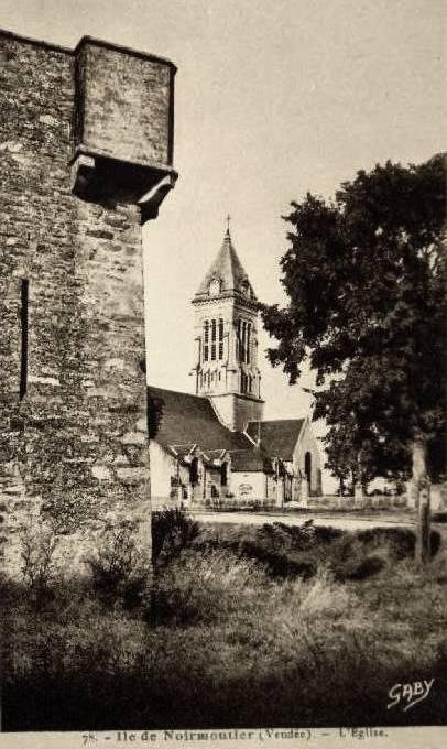 Noirmoutier-en-l'île (Vendée) L'église Saint Philbert CPA