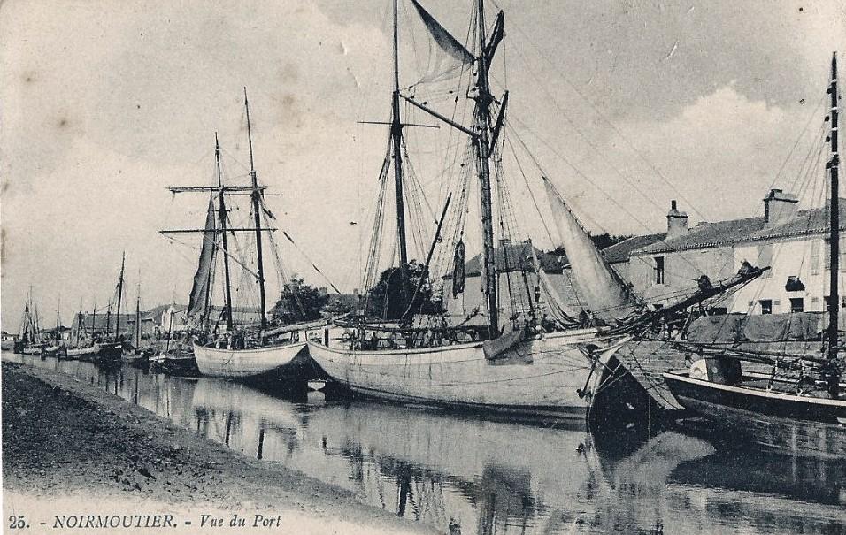 Noirmoutier-en-l'Ile (Vendée) Le port CPA