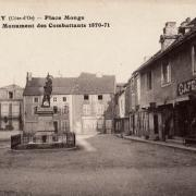 Nolay (Côte d'Or) La place Monge CPA