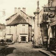 Nolay (Côte d'Or) La rue Claude Duret CPA