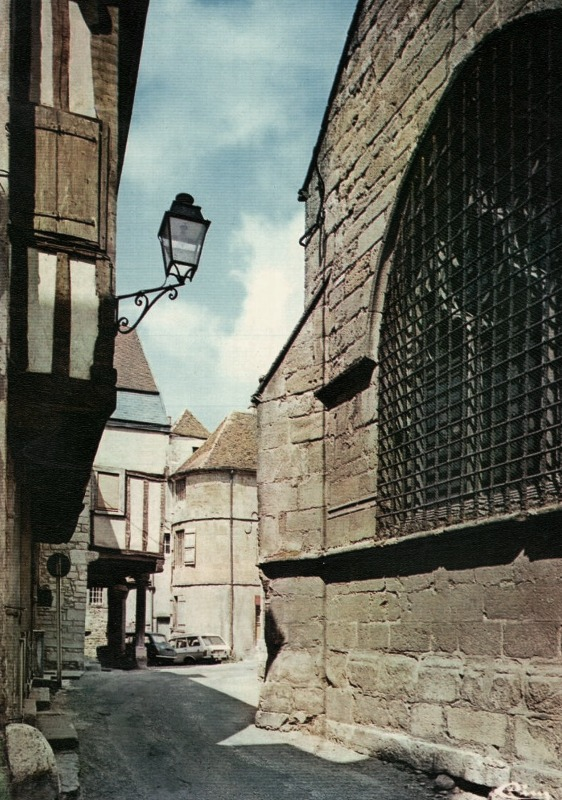 Nolay (Côte d'Or) La rue Monge CPA