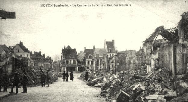 Noyon oise cpa 1914 1918 rue des merciers