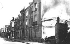 Noyon oise cpa 1940 rue de paris