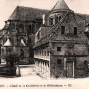Noyon oise cpa cathedrale abside et bibliotheque