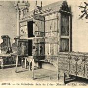 Noyon oise cpa cathedrale salle du tresor