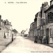 Noyon oise cpa rue d orroire