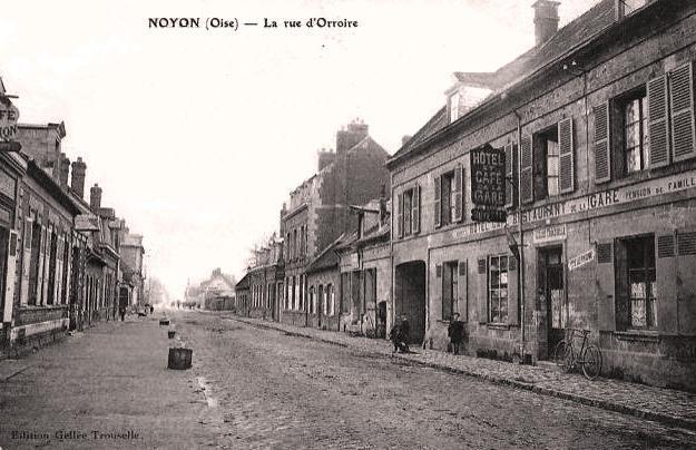 Noyon oise cpa rue d orroire 1912