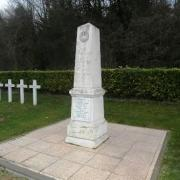 Oeuilly (Aisne) monument aux morts